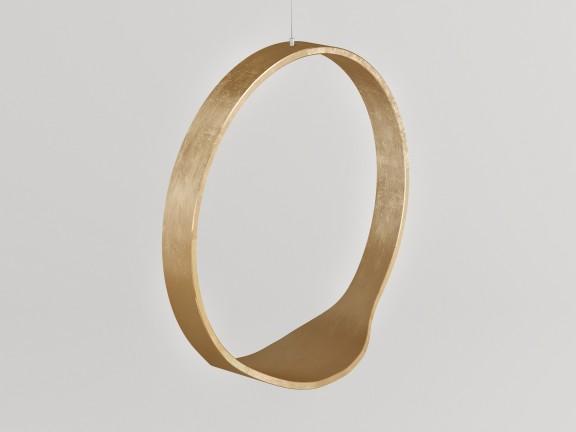SWING N.1 GOLD BRASS wersja wewnętrzna w kolorze złotym